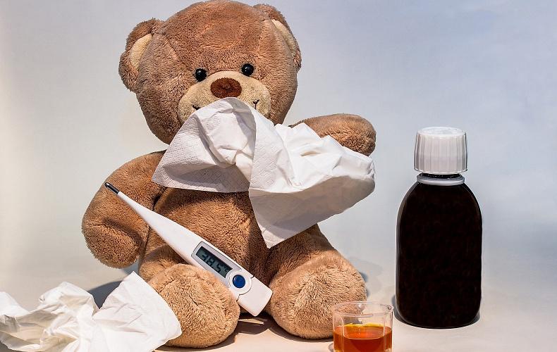 Роспотребнадзор объяснил, как отличить коронавирус от гриппа