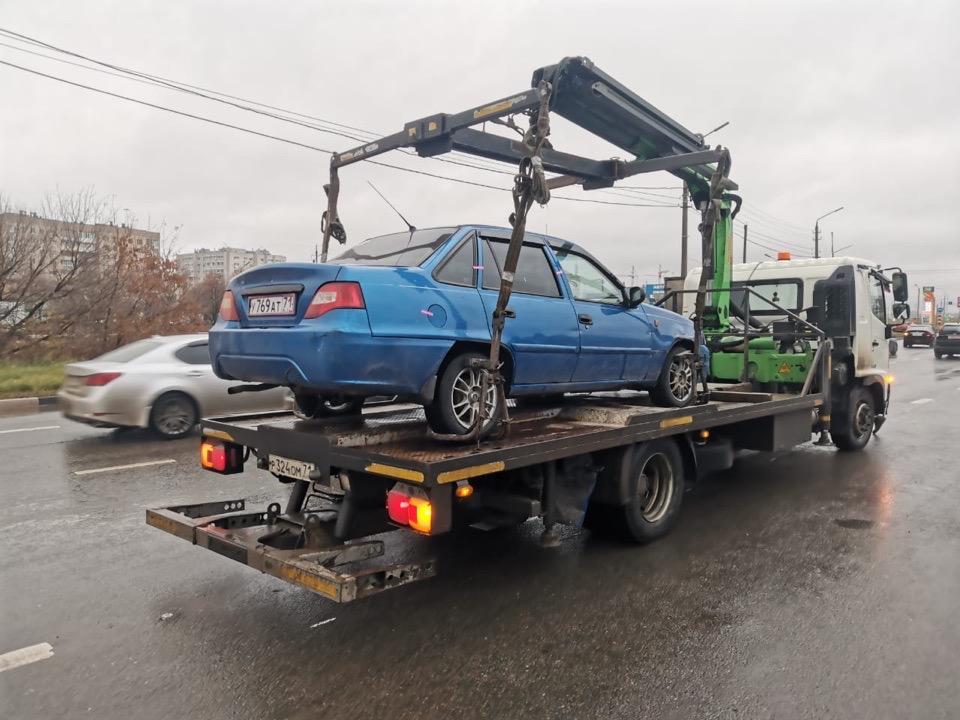 В Туле сотрудники ДПС поймали таксиста без прав на Daewoo Nexia