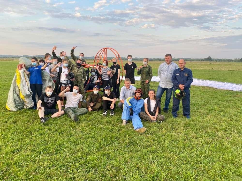 Юнармейцы Щекинского района полетали на мотодельтаплане