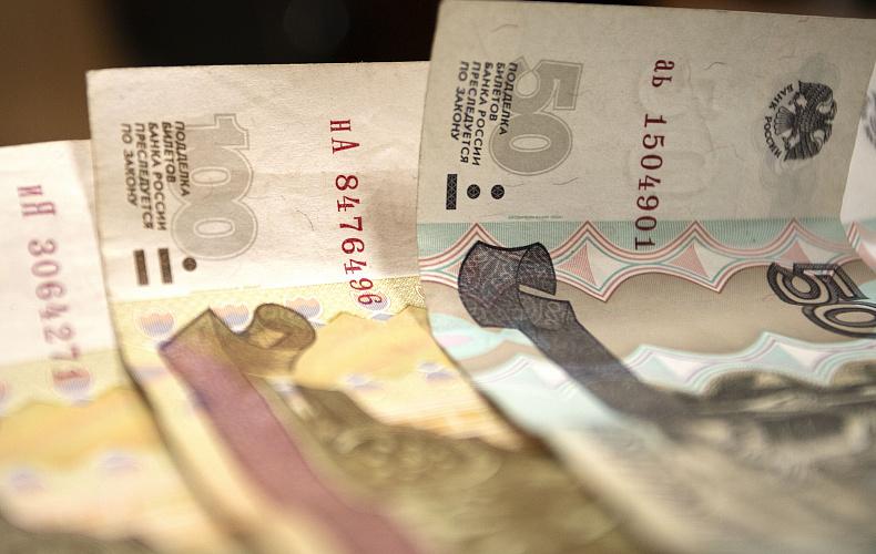 Судебные приставы взыскали с тульского предприятия 400 тысяч рублей на зарплаты работникам