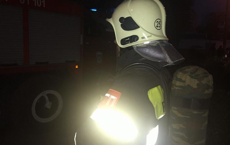 15 жителей Новомосковска были эвакуированы из горящего дома