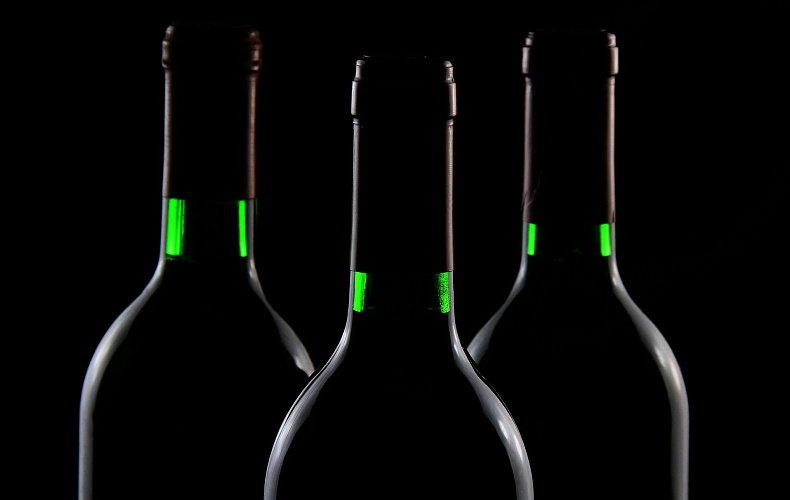 Сотрудник «Дикси» неоднократно продавал  несовершеннолетним алкоголь в Туле