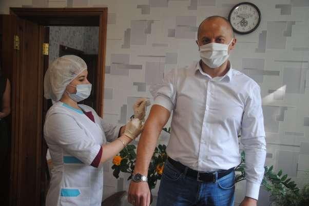 Александр Гамбург уже сделал прививку от гриппа
