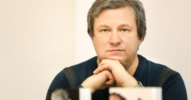 Кинокритик Антон Долин объявил об уходе из экспертного совета Фонда Кино