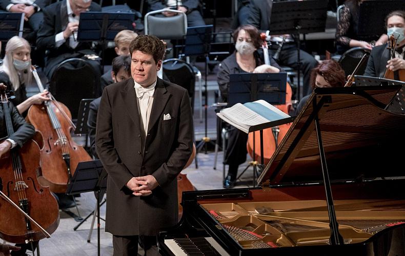 Денис Мацуев выступил с Тульским филармоническим оркестром