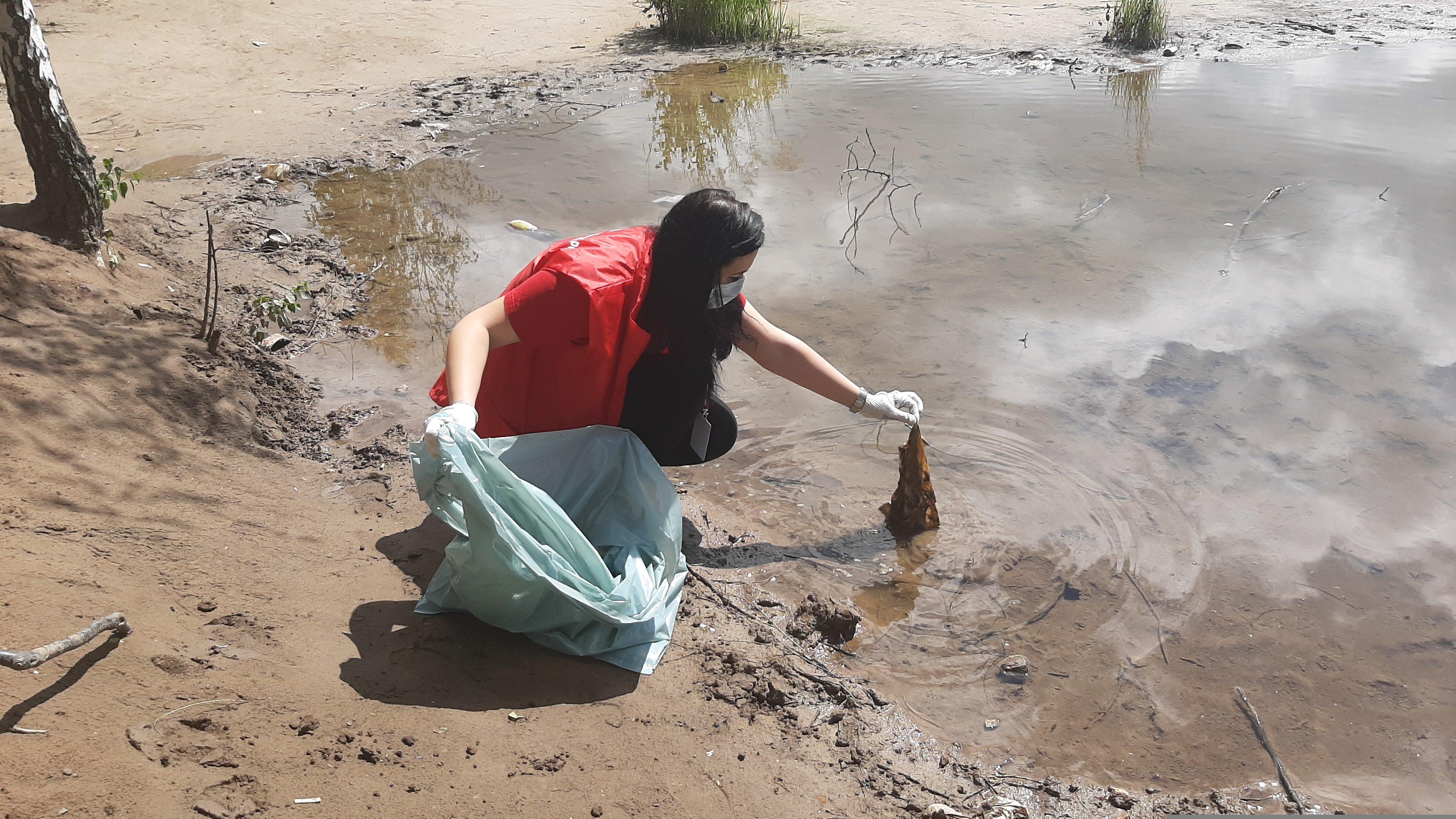 250 мешков мусора вывезли с территории Романцевских гор