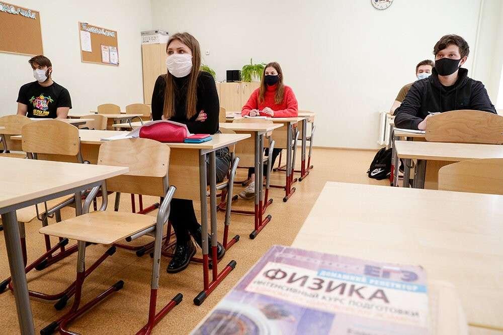 Щекинские выпускники продолжают сдавать ЕГЭ