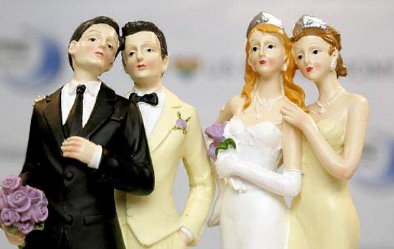 В Думе рассмотрят закон о запрете однополых браков и лишении родительских прав