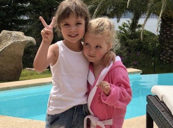 Лиза Галкина устроила домашний показ мод с дочерью Орбакайте