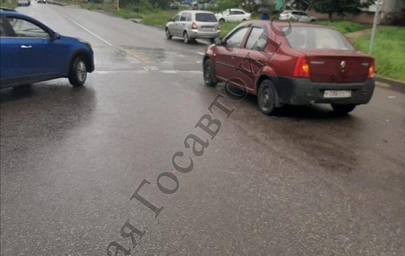 Два человека пострадали в аварии на улице М. Горького в Туле