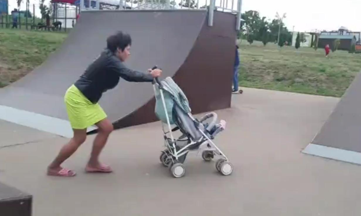 В Ефремове на горе-мать пострадавшего в скейт-парке ребенка полиция составила два административных протокола
