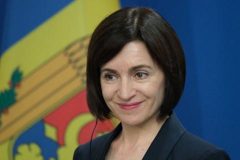 В Молдавии на президентских выборах большинство голосов впервые получила женщина
