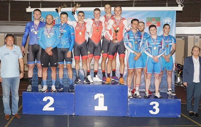 Тульские велогонщики привезли шесть золотых медалей с соревнований в Санкт-Петербурге