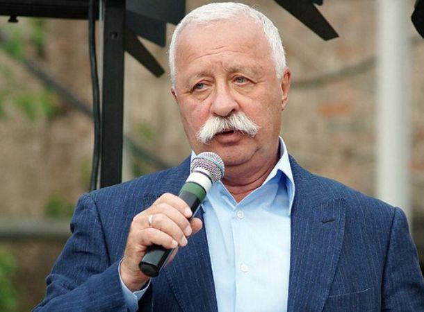 Леонид Якубович продал арбуз со своим автографом за 9 тысяч