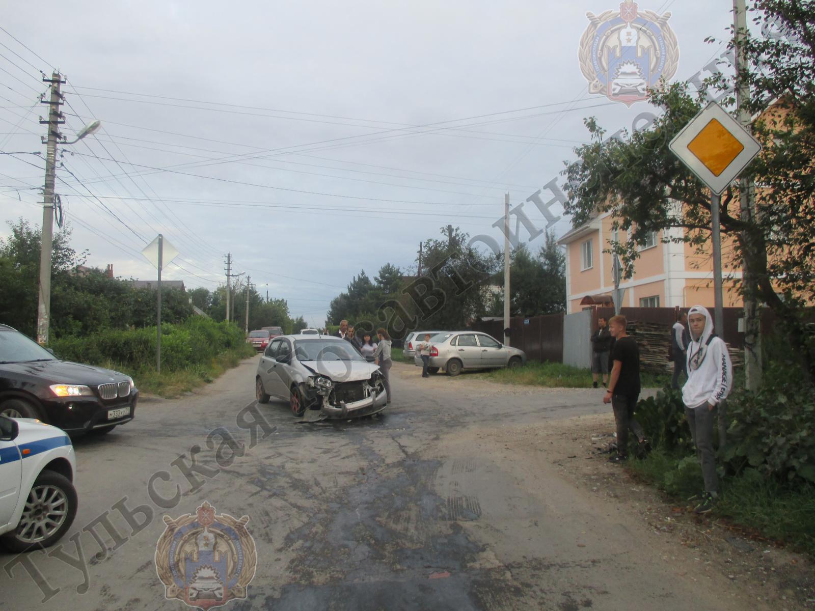 В ДТП на улице Панфиловцев в Туле пострадал подросток