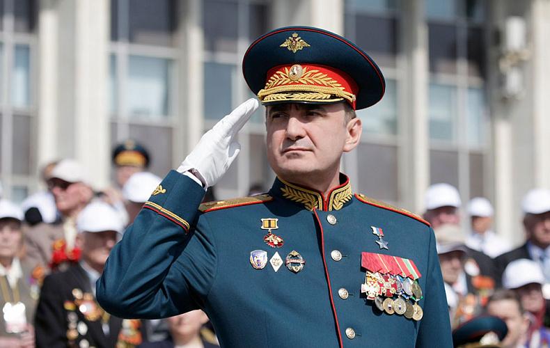 Губернатор Тульской области поздравил военнослужащих ракетных войск и артиллерии с праздником