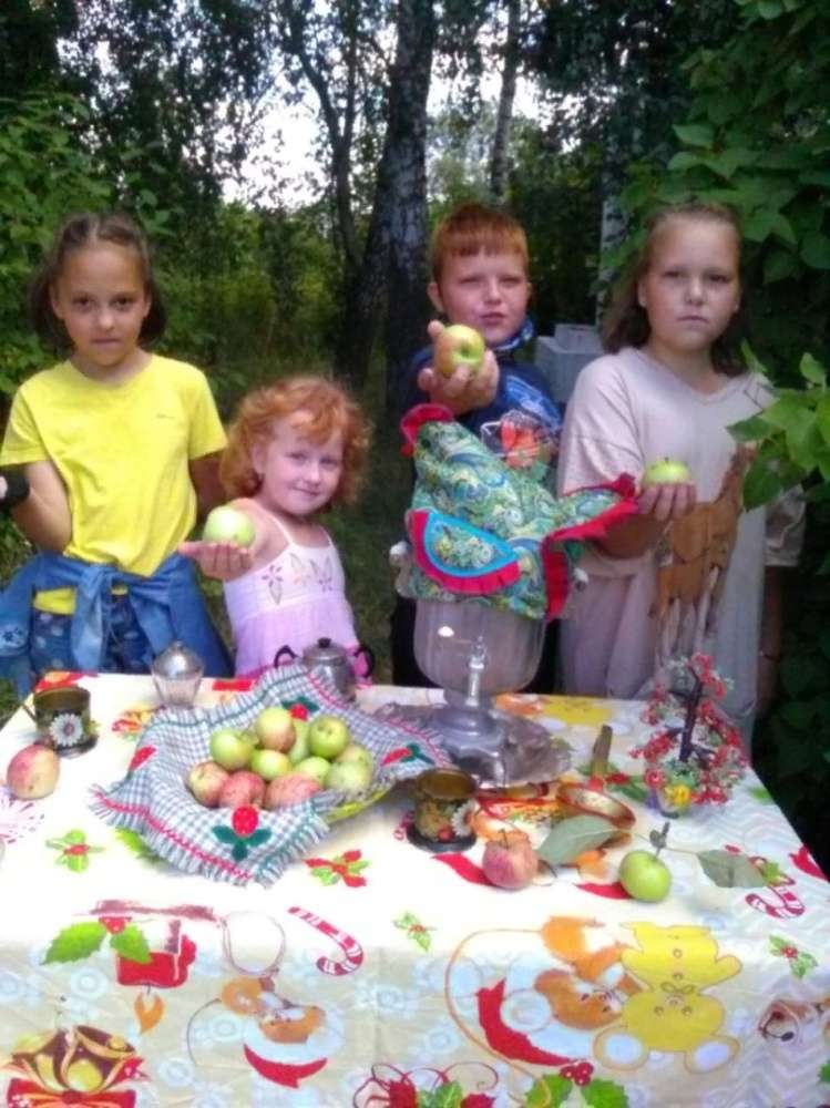 В селе Ломинцево отметили Яблочный Спас