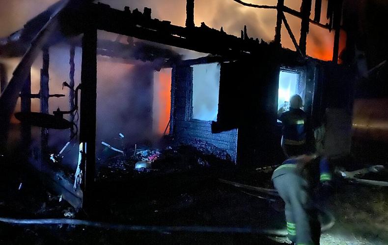 Во время пожара в Заокском районе пострадал человек