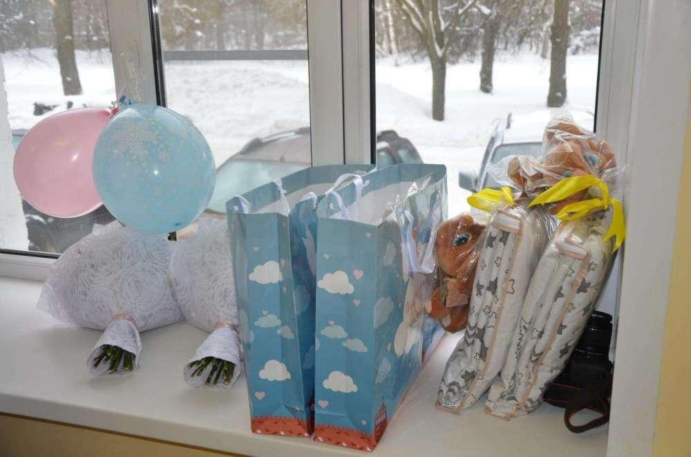 Новорожденные Щекинского района продолжают получать подарки