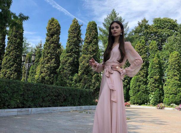 Анастасия Шубская похвасталась дорогими подарками