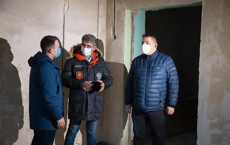 Дмитрий Миляев потребовал ускорить темпы ремонта вечерней школы в Туле
