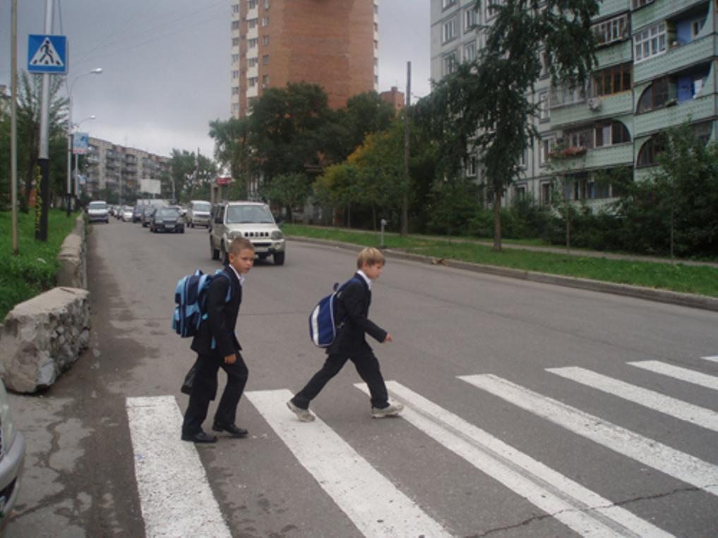 В Заокском районе администрацию заставили оборудовать пешеходный переход возле школы