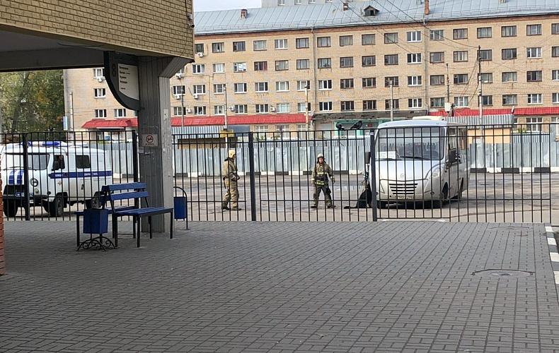 В Туле эвакуировали автовокзал из-за бесхозной коробки