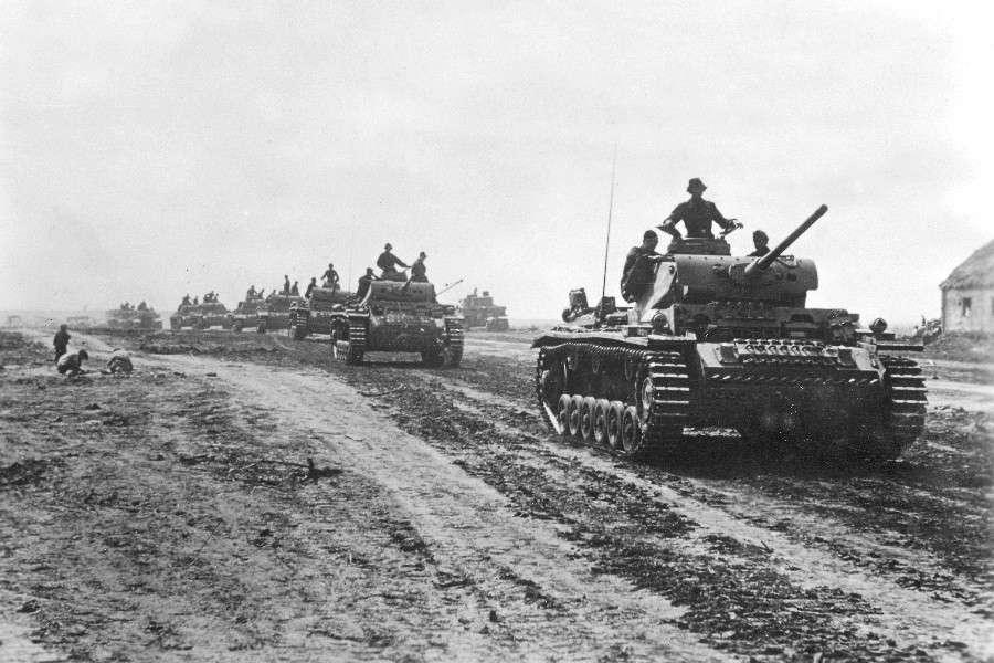 День разгрома советскими войсками немецко-фашистских войск в Курской битве