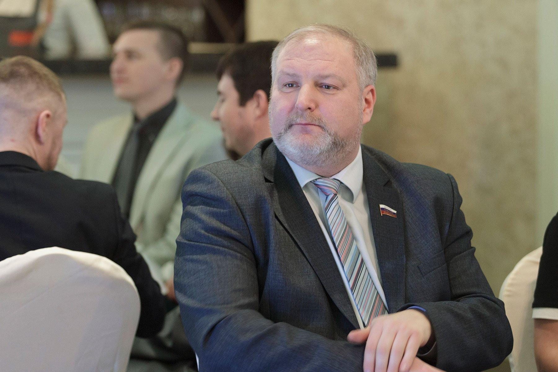 За рулем иномарки, устроившей ДТП с маршруткой на Скуратовской в Туле, была супруга депутата Сергея Белова