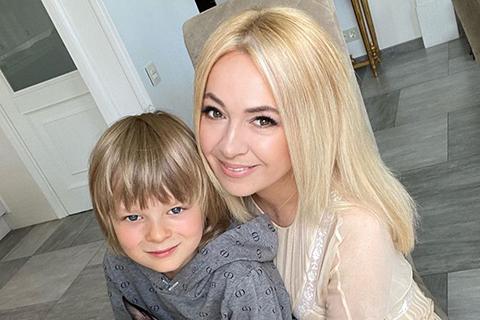 """Яна Рудковская добилась возбуждения уголовного дела против СМИ, написавшего о """"болезни"""" ее сына"""