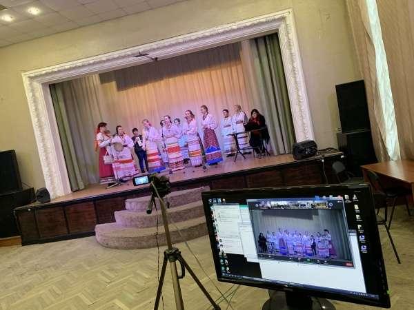 Щекинцы провели концерт для жителей российских домов престарелых