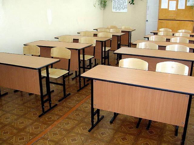 Диплом за 100 000 рублей: директор белевского техникума попалась на взятке