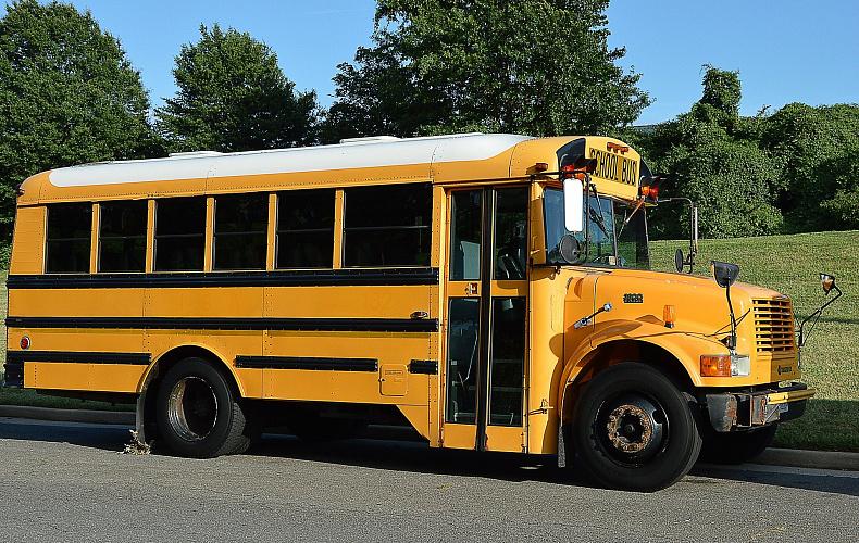 В правительстве Тульской области обсудили проблемные маршруты школьных автобусов