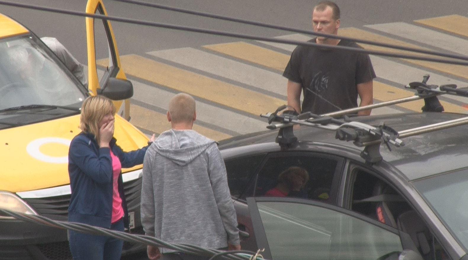 На проспекте Ленина в Туле таксист «догнал» Toyota