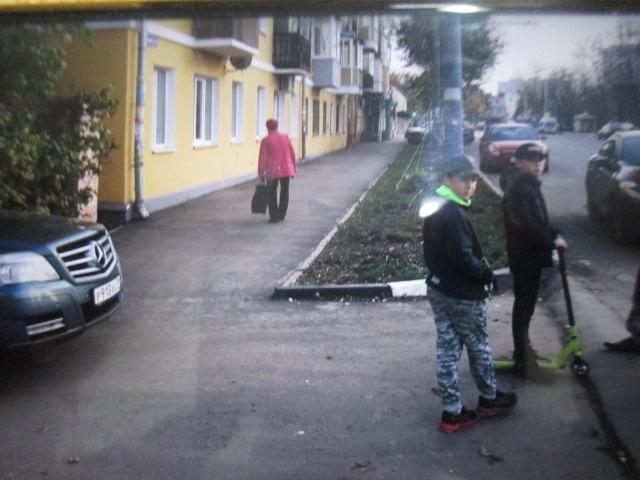 Мужчина на Merсedes  сбил ребенка на улице Болдина в Туле