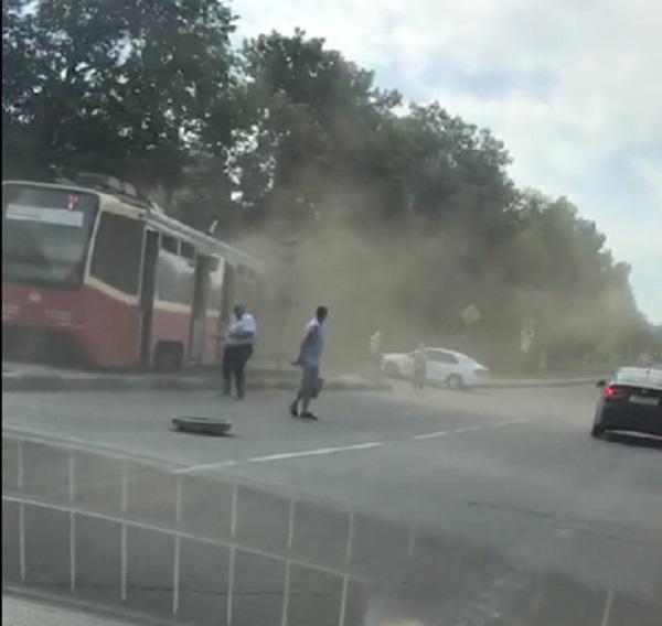 В Туле на улице Металлургов трамвай сошел с рельсов