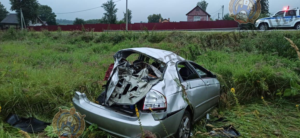 Под Ясногорском автомобиль Kia Cerato опрокинулся в придорожном кювете
